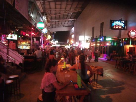 Bangla Road: Sexy 9 Bar is good.