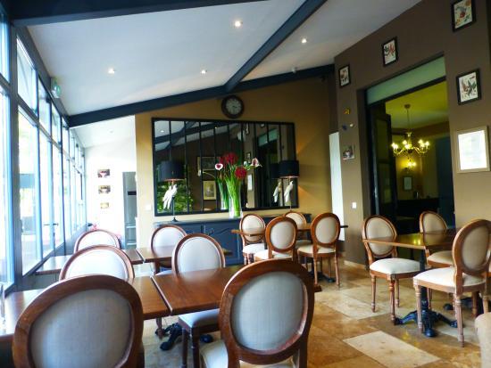Hôtel Pruly: salle petitdéjeuner