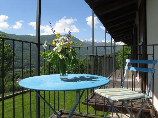 torre pellice cougars personals Torre pellice we offer for sale detached house on three sides with private garden  located within walking distance of viale dante and all the services of the center.