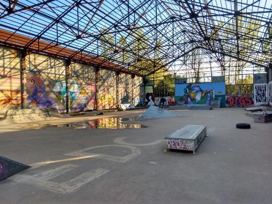 Foto de hangar darwin burdeos le singe tripadvisor - Location hangar bordeaux ...
