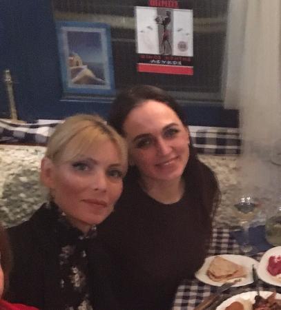 Taberna Griega : compleaños de mi amiga