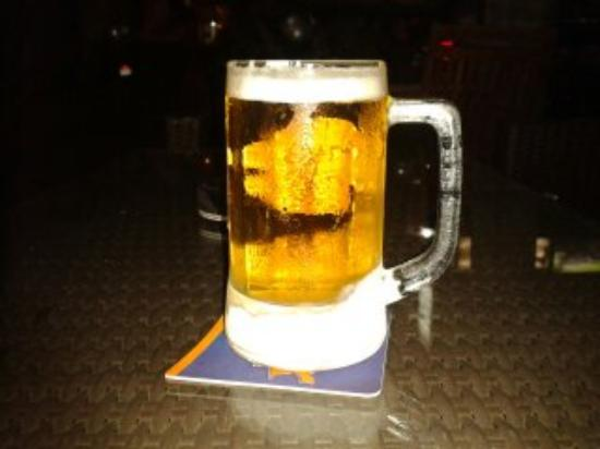 Velkommen Guesthouse: Coldest beer in town