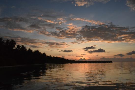 Kuramathi: Sunset at Dhoni Bar