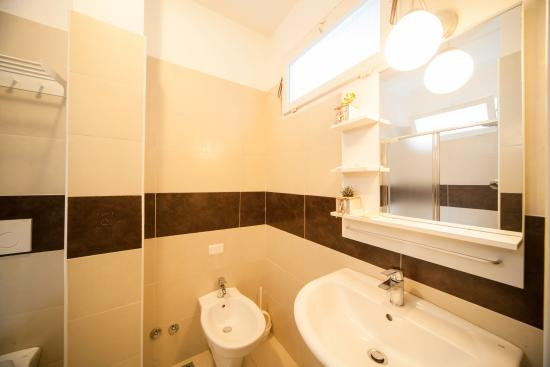 Hotel Adria Mare: Bagno