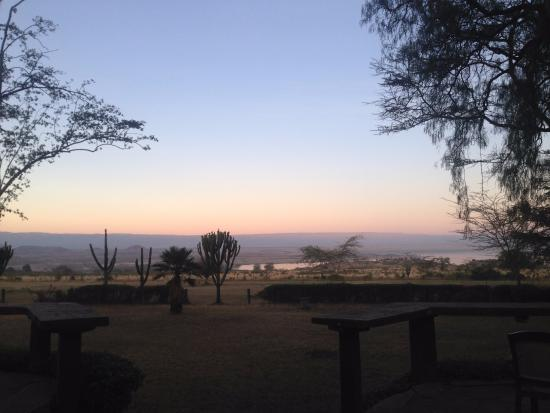 Lake Elementaita, Quênia: View of the lake whilst eating dinner!