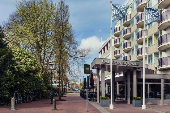 Carlton Square Hotel