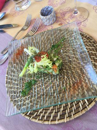 Le Murier: Очень уютное место. Гостеприимный персонал. Очень изысканная кухня .