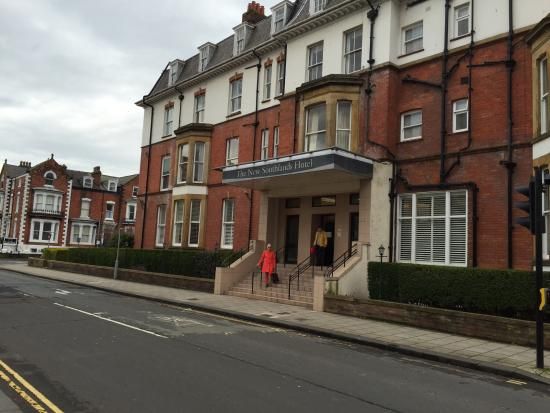 The New Southlands Hotel