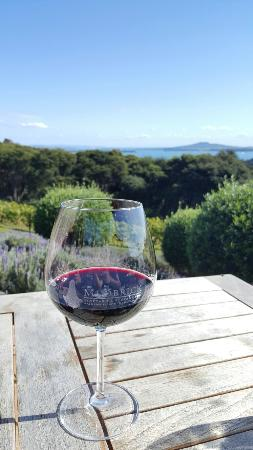 Oneroa, Nueva Zelanda: Mudbrick Vineyard Restaurant