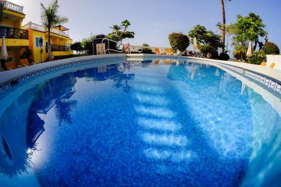 Villa Rosalva: beheizter Pool
