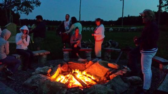 Blueberry Fields Bed & Breakfast: Campfire