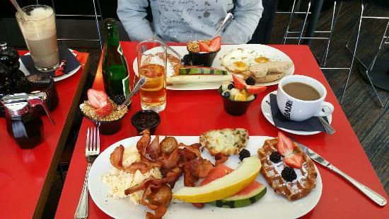 LUNA`s Diner - Christianshavn