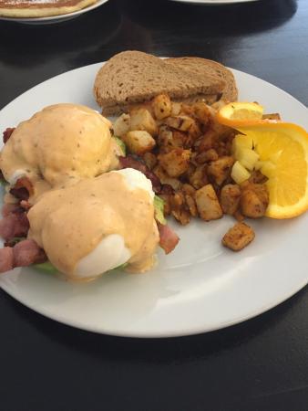 Papa Leo's Restaurant: Amazing breakfast!!