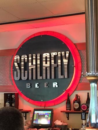 Maplewood, มิสซูรี่: Schlafly Bottleworks