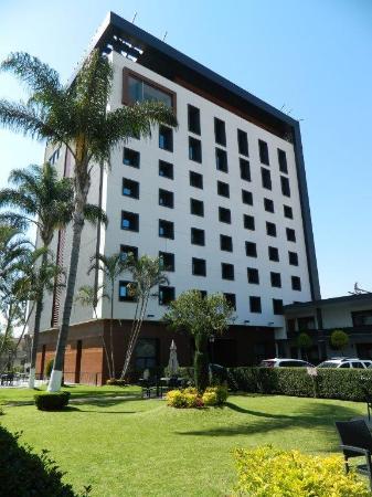 Photo of Malibu Hotel Guadalajara