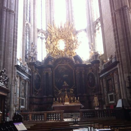 Saint-Maximin-la-Sainte-Baume, Frankrike: l'autel