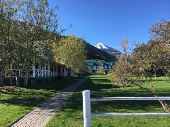 Chico Hot Springs Resort: photo0.jpg