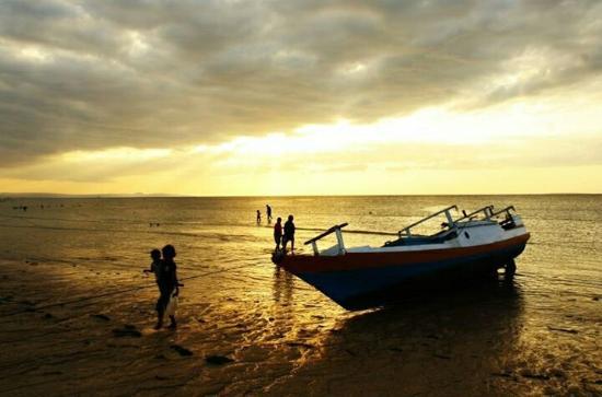 Pasir Panjang Beach