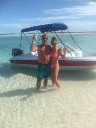 Providenciales: ENJOYING TURKS HEAD BEER IN TURKS AND CAICOS