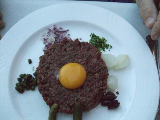 La Quinta, CA: Steak tartare