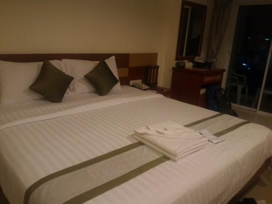 APK Resort & Spa: This hotel was nice , i've been here for 3 nights , the staff are very friendly and everything w