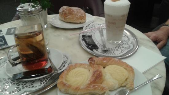 Tiber Cafe
