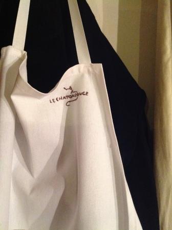 Le Chaton Rouge : Chefs apron