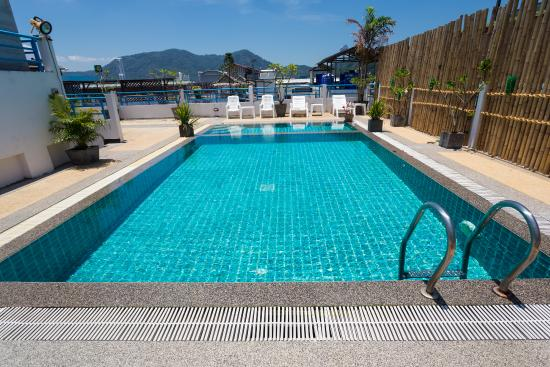 Star Hotel Patong: Rooftop Pool