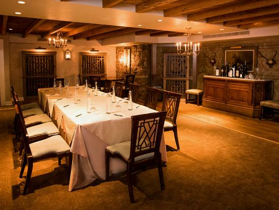 Bernards Inn: Wine Pantry Board Room