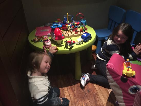 Di Maggio's - Westend: Play room at Di Maggio's