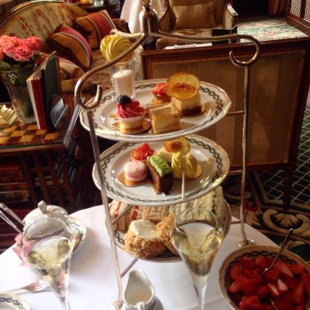 Cheneston's at the Milestone Hotel : photo0.jpg