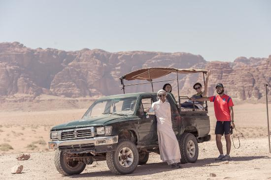 Bedouin Traditions Camp: Jeep tour