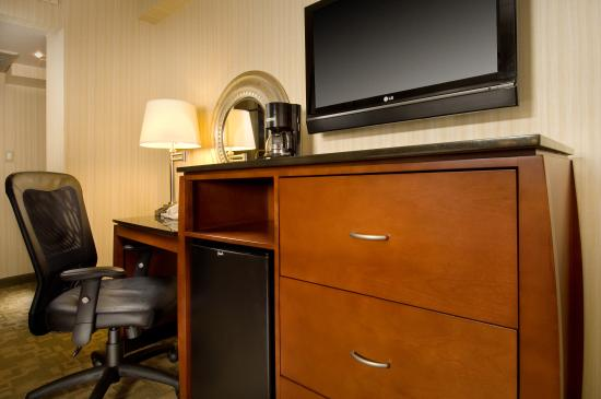 Bethesda, MD: Guest Room Amenities include a Mini-Fridge, Microwave and HD TV
