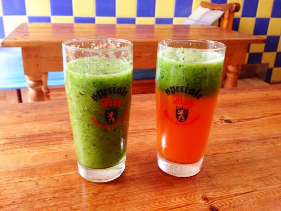 Chez Yassine : Cucumber and Clementine & Carrot & Clementine with Cucumberr
