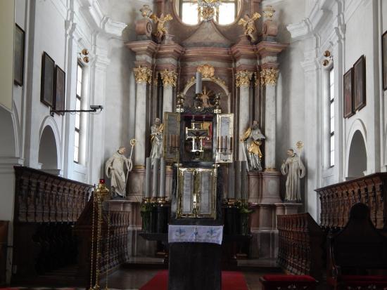 Grosuplje, Eslovênia: Stična, main altar