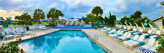 Blockade Runner Beach Resort: Pool Deck Pano
