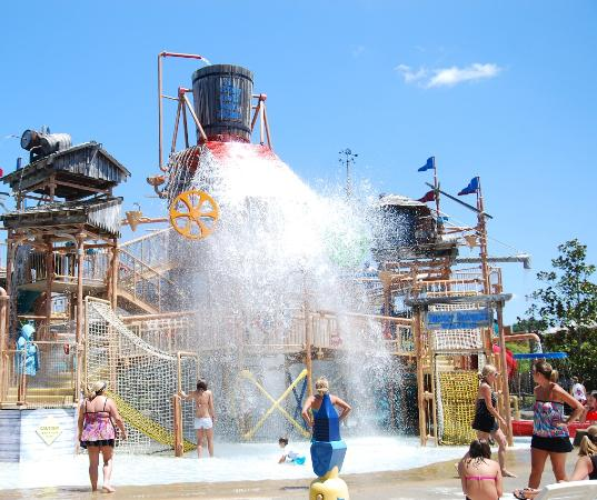 Fun in the Sun! - Picture of Geyser Falls Water Theme Park ...