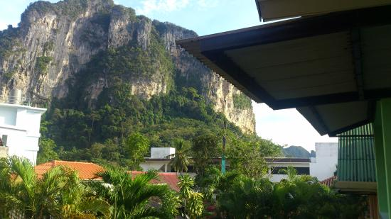 Machorat Aonang Resort: view of mountain fro bungalow