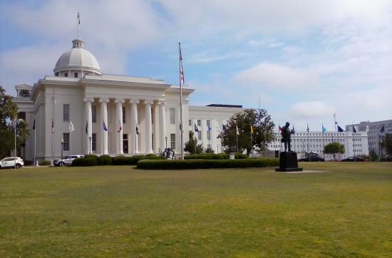มอนต์กอเมอรี, อลาบาม่า: The beautifully restored historic Alabama State Capitol