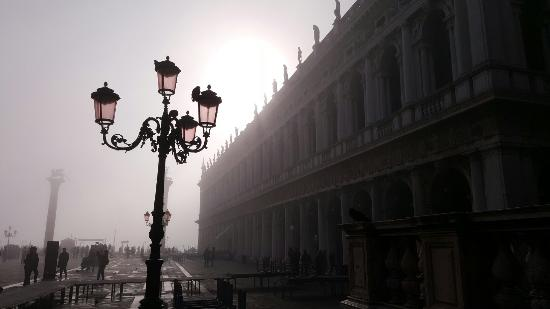 Provinsen Venezia, Italia: Every corner is like walking onto another film set. Such a magical place!