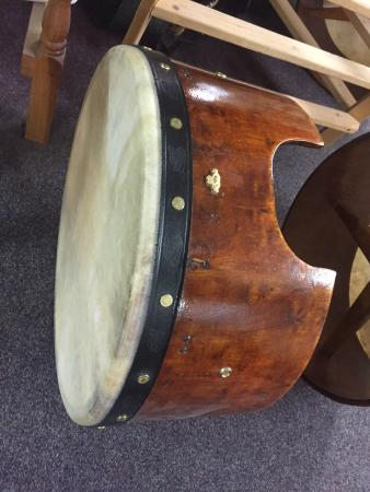 Roundstone Music & Crafts: The Barrell.