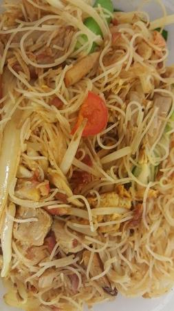 Golden Palace Singapore Fried Rice Noodles