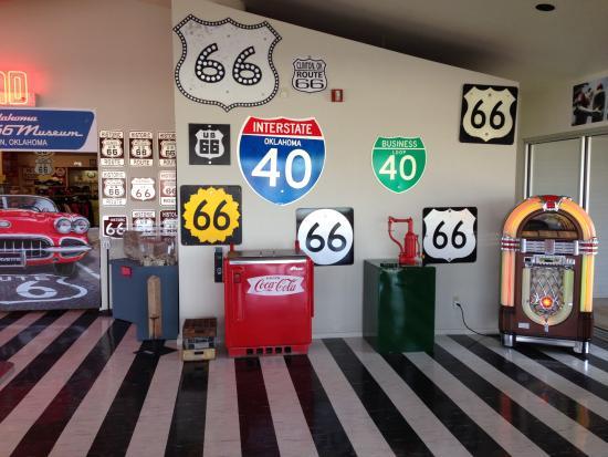Oklahoma Route 66 Museum: Clinton Museum