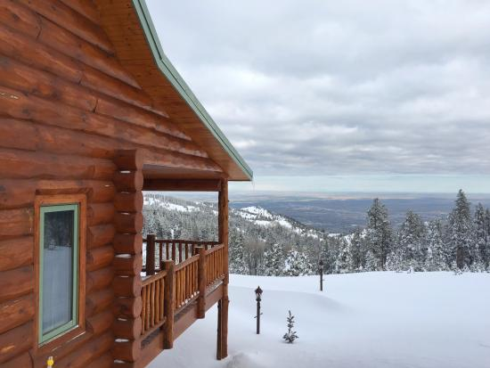 Sunburst Lodge Bed and Breakfast: View from the lodge.