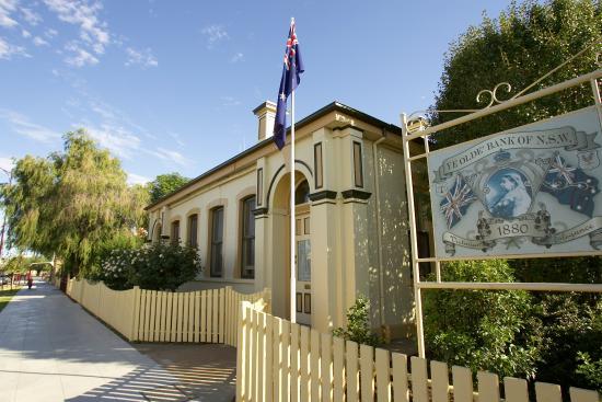 Jerilderie Historic Residence