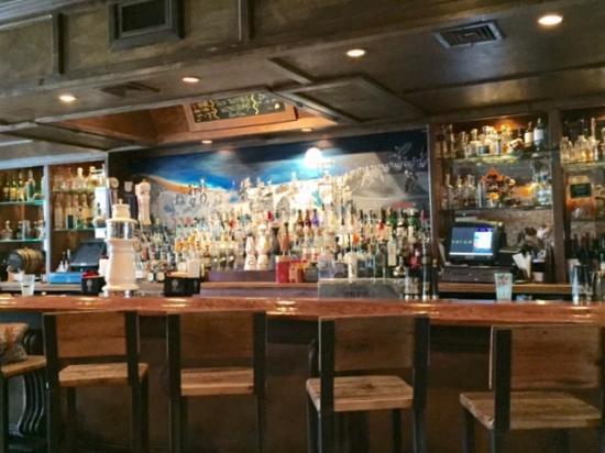 Full service in a bar