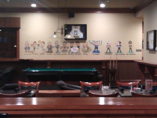 Bunkers Sports Bar Photo