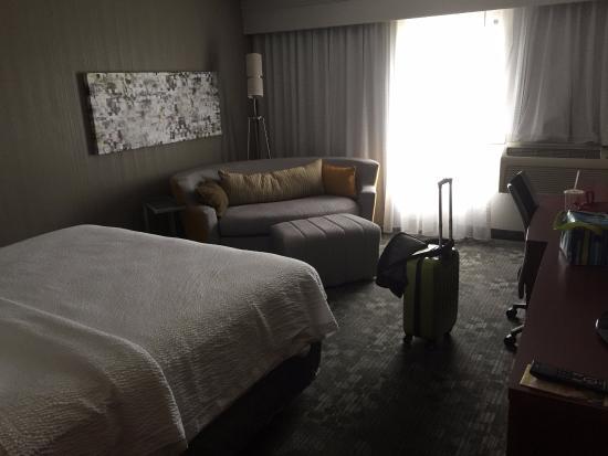 Courtyard Bloomington Normal : Room