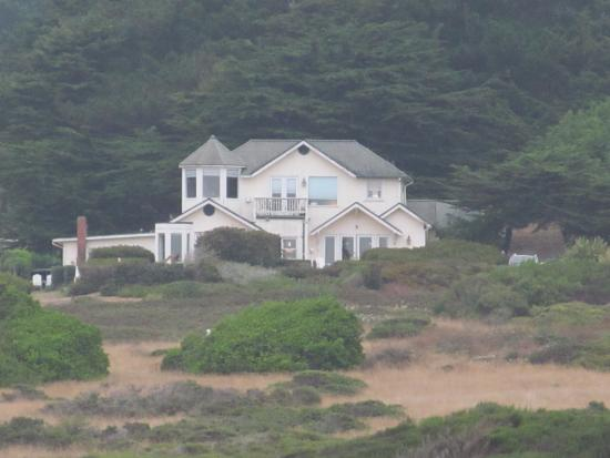 Mendocino Seaside Cottage: Romance by the sea...................