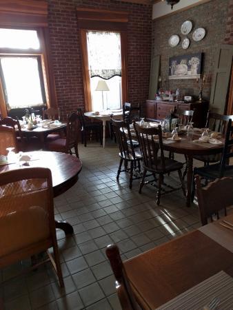 Jeffersonville, IN: Breakfast room